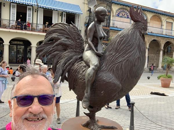 En la Plaza Vieja de La Habana